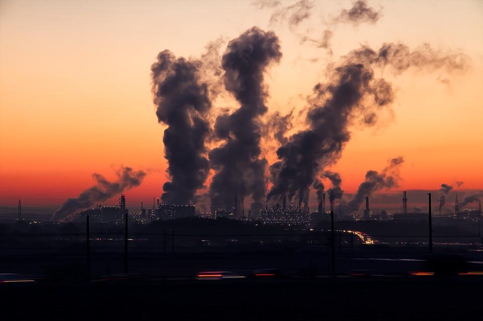 ปัญหาฝุ่นละออง PM 2.5 ภัยเงียบรอบตัว