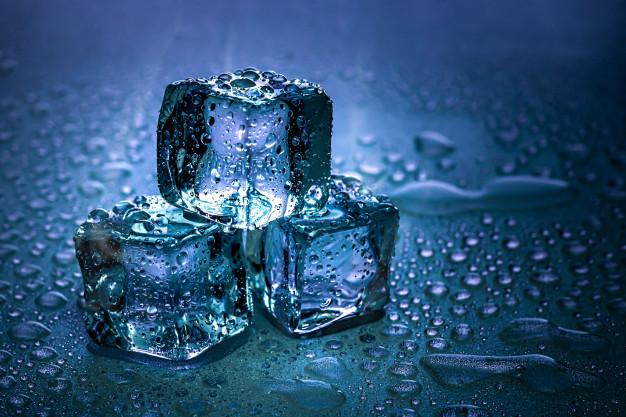 ตู้เย็นทำน้ำแข็ง