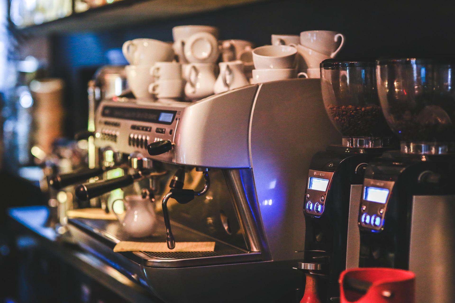 เครื่องชงกาแฟ Delonghi